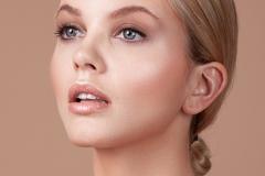 Make-Up Artist & Hairstylist Bülent Musdu