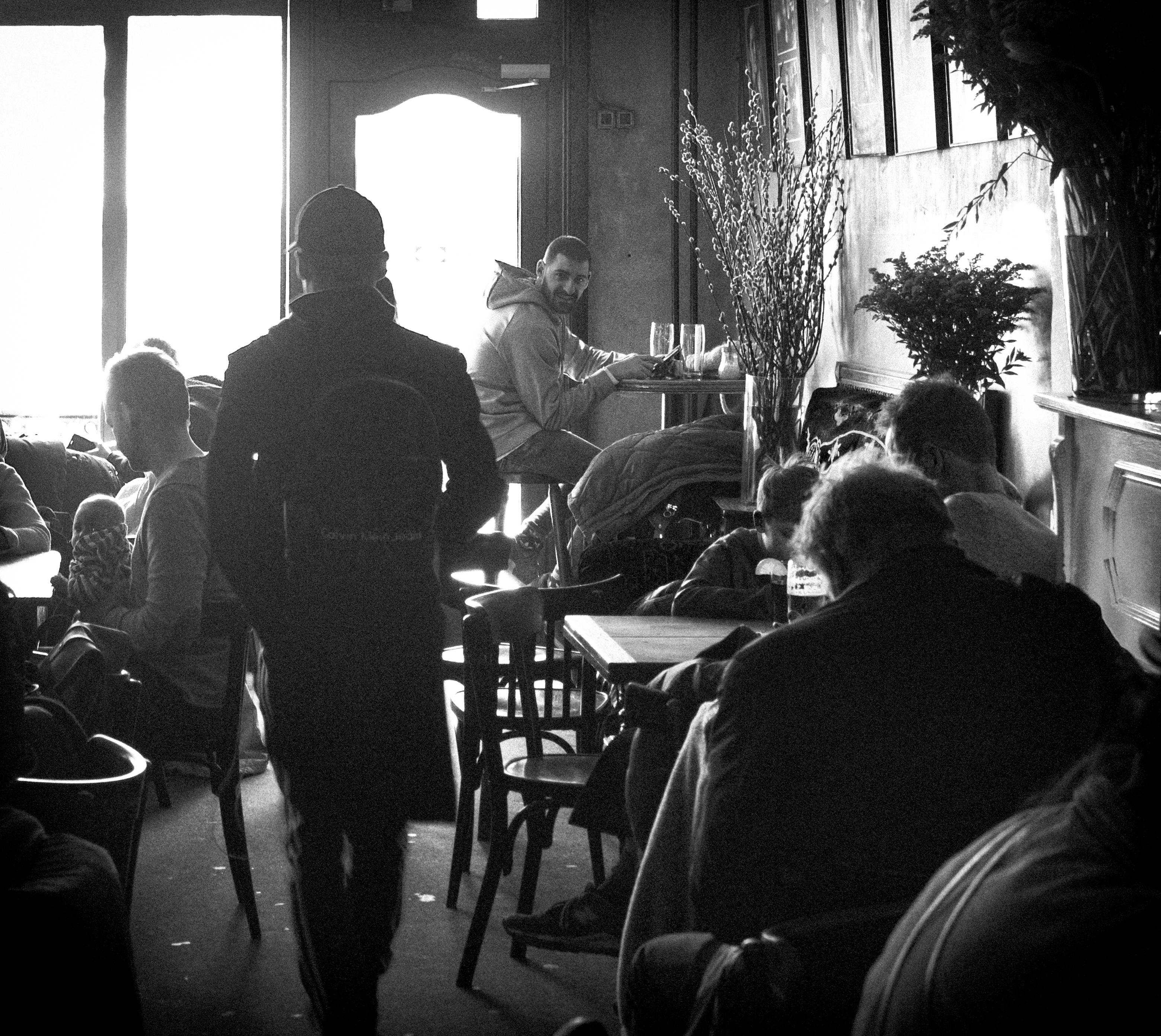 cinema café hackescher markt berlin Photography © Bülent Musdu